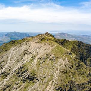 Snowdon-Summit-e-304x304-c